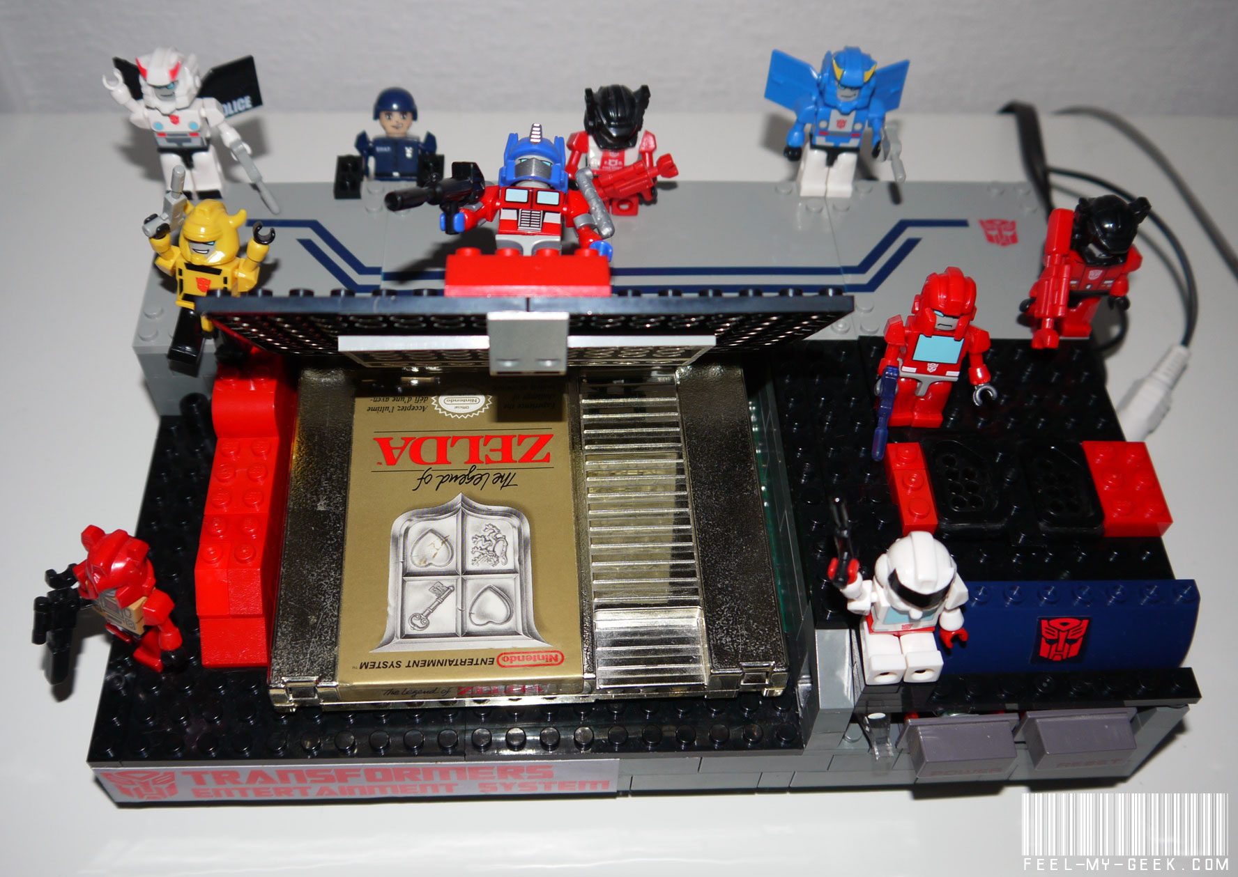 Custom NES Transformers en LEGO, 100% fonctionnelle ! P1010885
