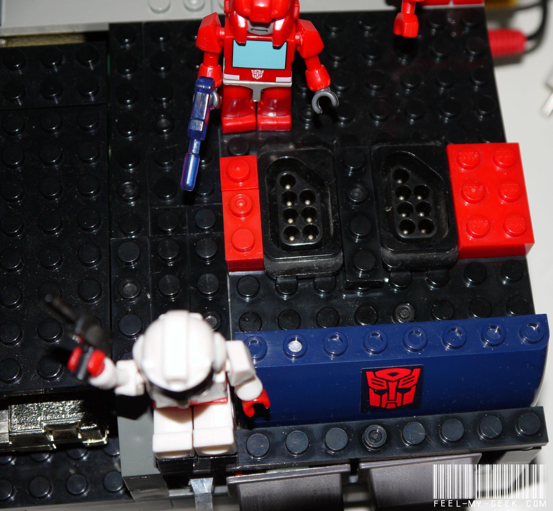 Custom NES Transformers en LEGO, 100% fonctionnelle ! P1010886